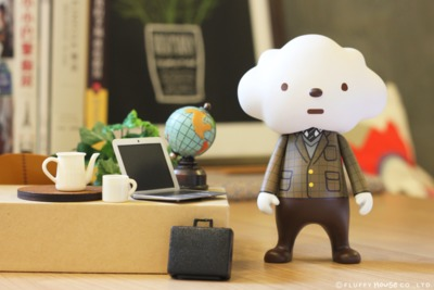 Cloudy_style_-_cloud_in_suit-fluffy_house-mr_white_cloud-fluffy_house-trampt-193127m