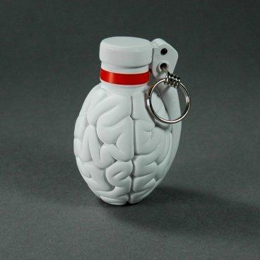 Brainade_-_white-emilio_garcia-brainade-lapolap-trampt-195375m