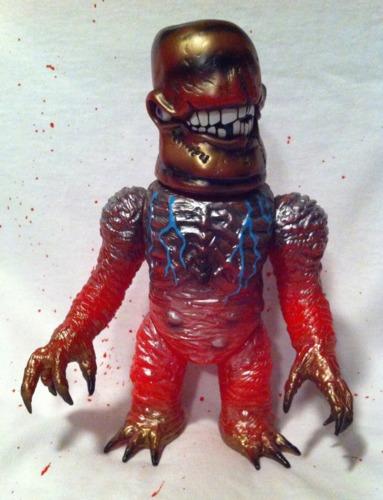 Gnaw-x-plaseebo_bob_conge_rampage_toys_jon_malmstedt_skull_head_butt-gnaw-x-rampage_toys__marmit-trampt-195605m
