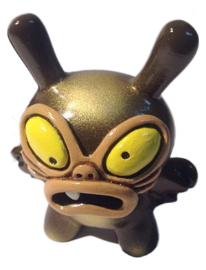 Baby_greasebat__brown_chocolate_with_golden_spray-chauskoskis-dunny-trampt-195683m