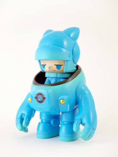 Space_racers_2_sky_blue_-kaijin-space_racers-kaijin_toy-trampt-196782m