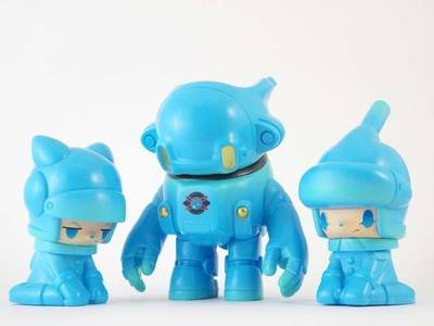 Space_racers_2_sky_blue_-kaijin-space_racers-kaijin_toy-trampt-196783m
