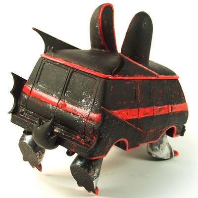 Batvan-leecifer-bunnyvan-trampt-199784m