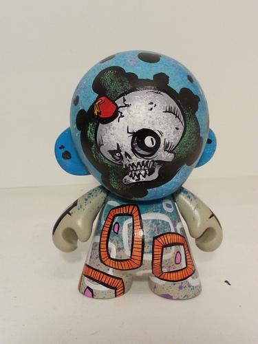 Fez_skull-bill_hewitt-munny-trampt-203860m