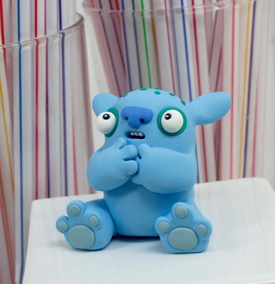 Untitled-leslie_levings-polymer_clay-trampt-204603m