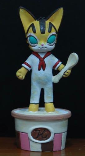 Ice_cream_figure-kenny_wong_kila_cheung_pucky-ice_cream_figure-how2work-trampt-205172m