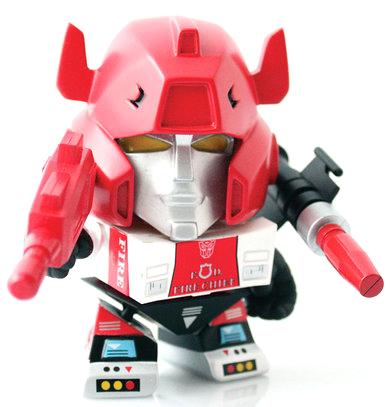 Red_alert-les_schettkoe-transformer_mini-the_loyal_subjects-trampt-206035m