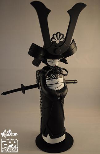 Maiko_midnight_assassin-2petalrose-maiko-2petalrose-trampt-206194m