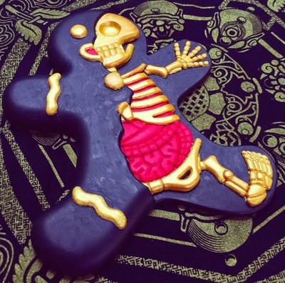 Fools_gold-the_real_firestarter_sarah_tan-dissected_gingerbread_man-trampt-206842m