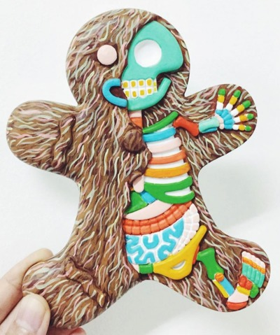 The_hairymerry_gingerbread_man-the_real_firestarter_sarah_tan-dissected_gingerbread_man-trampt-206843m