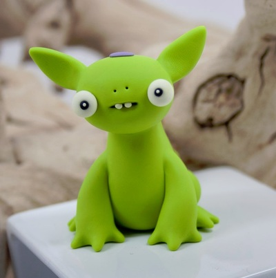 Untitled-leslie_levings-polymer_clay-trampt-207774m