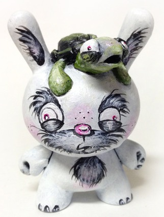 Kritters_and_cronies-one_eyed_girl_kasey_tararuj-dunny-trampt-208139m