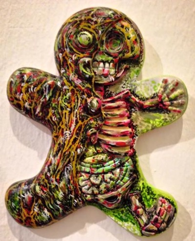 The_walking_bread-arcadia_in_mayhem-dissected_gingerbread_man-trampt-208464m