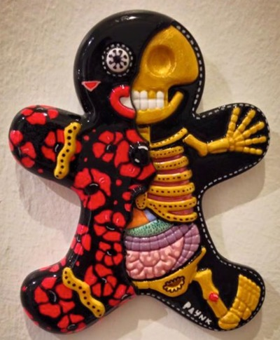 Poppies_and_stuff-paynk-dissected_gingerbread_man-trampt-208466m
