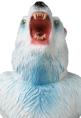 Kesgake_-_rampaging_polar_bear_edition_medicom_toy_exclusive-rampage_toys_jon_malmstedt-kesagake-med-trampt-209288m