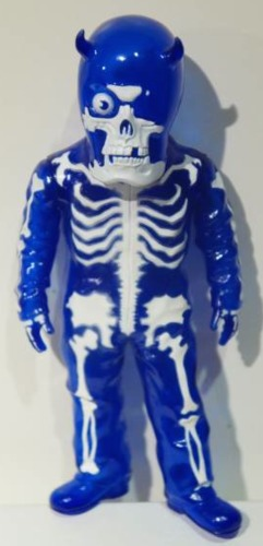 Skullman_-_blue-balzac-skullman-secret_base-trampt-210043m