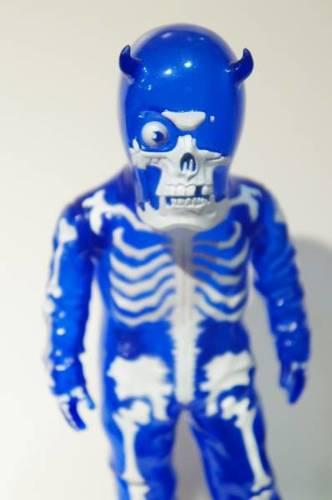 Skullman_-_blue-balzac-skullman-secret_base-trampt-210045m