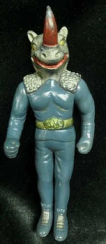 Takatoku_toys_kikaider_middle_size_soft_gray_rhino_king-takatoku_toys-rhino_king-takatoku_toys-trampt-210544m