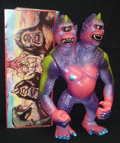 Mishka_mythica_lamour_supreme_ghost_cave_cyco_ape__sdcc__fluorescent_pink_molding_-d-lux_mishka_greg-trampt-211951m