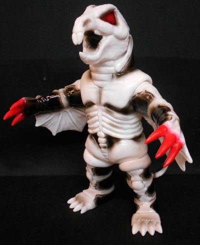 Medicom_toy_soft_vinyl_toei_retro_soft_vinyl_collection_kikaider_shirahone_flying_squirrel-toei-shir-trampt-212439m