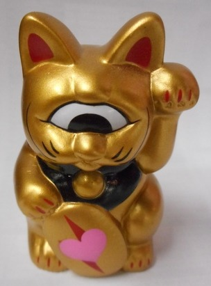 Heart_fortune_cat_gold_ear_red_oval-mori_katsura-fortune_cat-realxhead-trampt-214895m