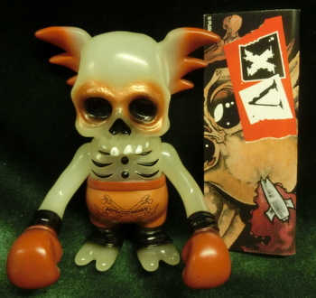 Secret_base_astro_zombies_skull_wing_astrozombies__15_anniversary__clear_white_molded-pushead-skullw-trampt-218168m