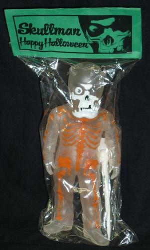 Skullman__happy_halloween__clear_x_orange_-balzac-skullman-secret_base-trampt-219375m