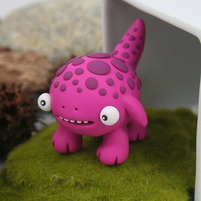 Untitled-leslie_levings-polymer_clay-trampt-220200m