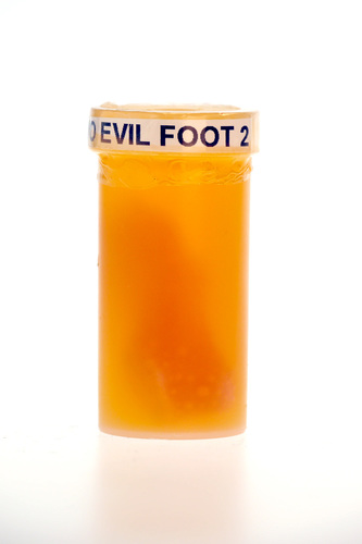 Evil_foot_2_orange-musclethings_laboratories-evil_foot-trampt-223465m