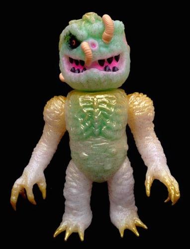 Albino_rotten-x-rampage_toys_jon_malmstedt_skull_head_butt_triclops-black_in_white-rampage_toys__mar-trampt-224281m