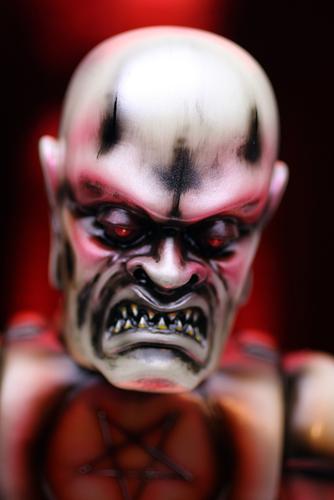 Mvh_x_miscreation_toys_iron_monster_fritz-lash_rich_montanari_miscreation_toys_jeremi_rimel-iron_mon-trampt-228450m