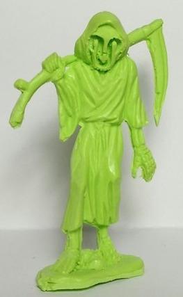 Pp_grim_reaper_-_green-dubose_art-pp_grim_reaper-paper__plastick-trampt-228558m