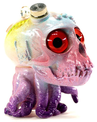 Red-eye_mauve_skulloctopus_from_outer_space-plaseebo_bob_conge_chaingun-skulloctopus-trampt-229535m