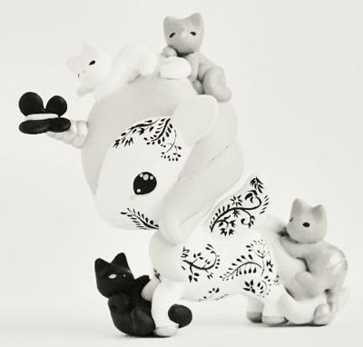 Tokidoki_unicorno_art_toy_-_kittens-mijbil_teko_silvia_minucelli-unicorno-trampt-229999m