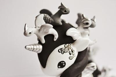 Tokidoki_unicorno_art_toy_-_dragons-mijbil_creatures_mijbil_teko_silvia_minucelli-unicorno-trampt-230009m