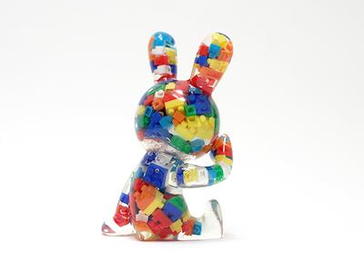 Black_rabbit_sitting_-_blocks_ver-tadayuki_iwa_black_rabbit-black_rabbit-black_rabbit-trampt-230839m