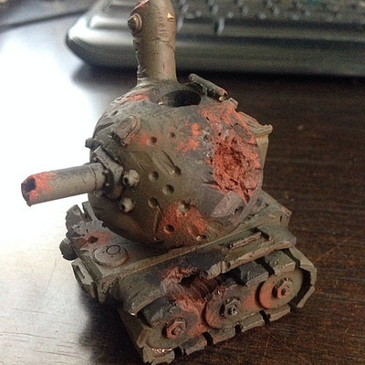 Destroyed_tank-drilone-dunny-trampt-231416m