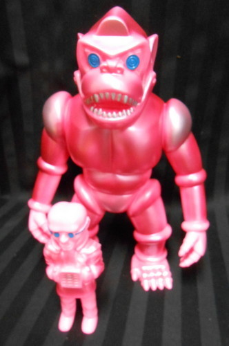 Robot_gorilla_6th_final_phase__pink_molded_color__include_evil_scientist_omake_-target_earth_minamim-trampt-231785m