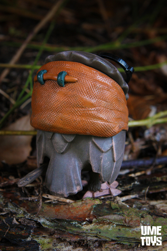 Geekwok_omen-ume_toys_richard_page-omen-trampt-232169m