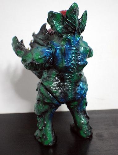 Greendevil_one-off-skull_head_butt-greenmons-trampt-232380m