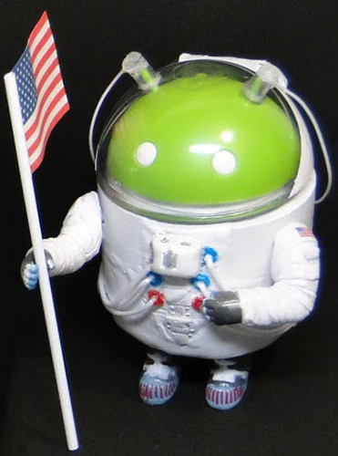 Astronaut-hitmit-android-trampt-232775m