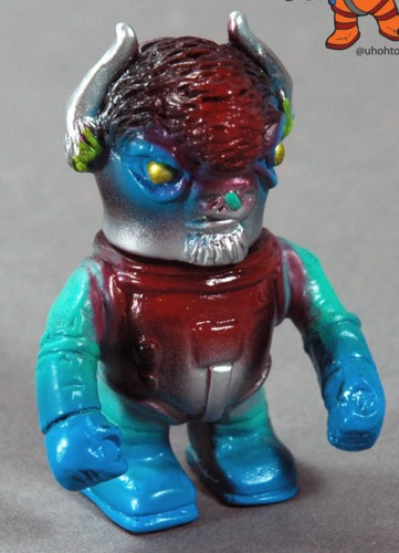 Errants_-_cutty_as_astronaut_one_off-uh-oh_toys-errants-trampt-233776m
