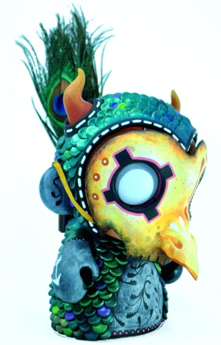 Past_death_-_peacock_whisper-rsinart-munny-trampt-234074m