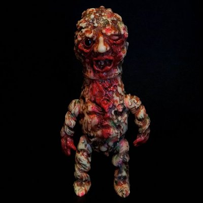 Toxic_eater_i-blood_guts_toys_izumo_irezumi_izumonster-shikabane_kaiju-trampt-236205m