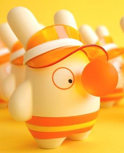 Bubbles_-_orange_flavor-dolly_oblong-bubbles-self-produced-trampt-236357m