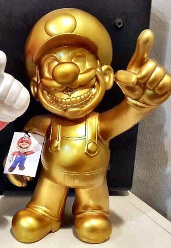 Mario_grin_-_gold-8deuce8_ron_english-mario_grin-mindstyle-trampt-237263m