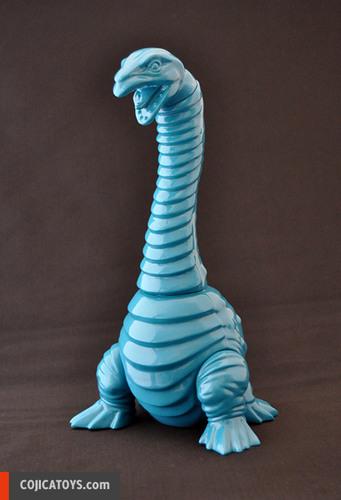 Neclong_blue__blank_-_nekurongu-hiramoto_kaiju-neclong-cojica_toys-trampt-238806m