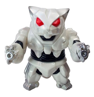 Mecha_nekoron_mk3_mini_white-mark_nagata_tttoy-mecha_nekoron-max_toy_company-trampt-239250m