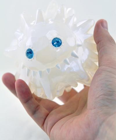 Big_ice_liquid_-_icy_blue-instinctoy_hiroto_ohkubo-ice_liquid-instinctoy-trampt-239953m