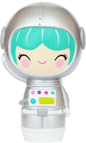 Explore-momiji-momiji_doll-momiji-trampt-240476m